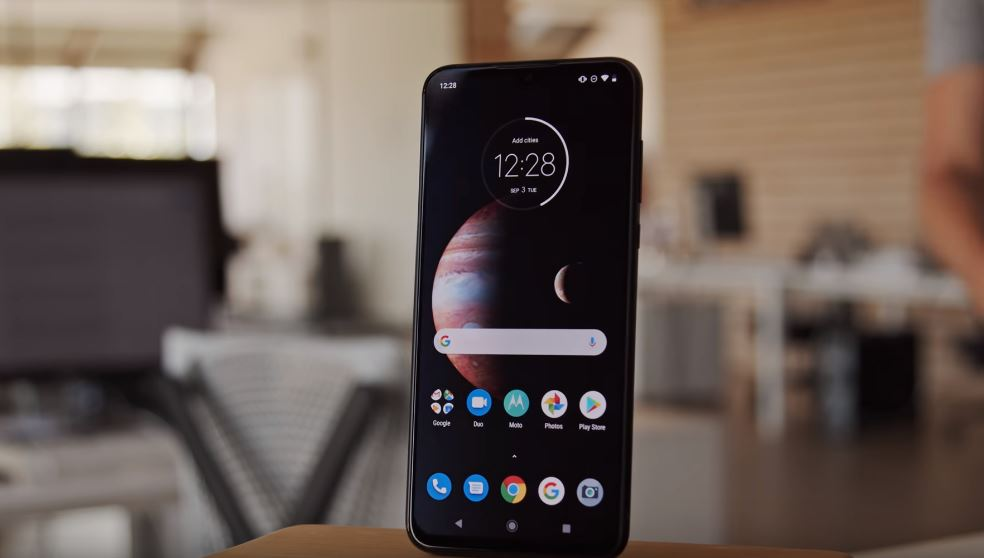 Motorola One Zoom price and specifications